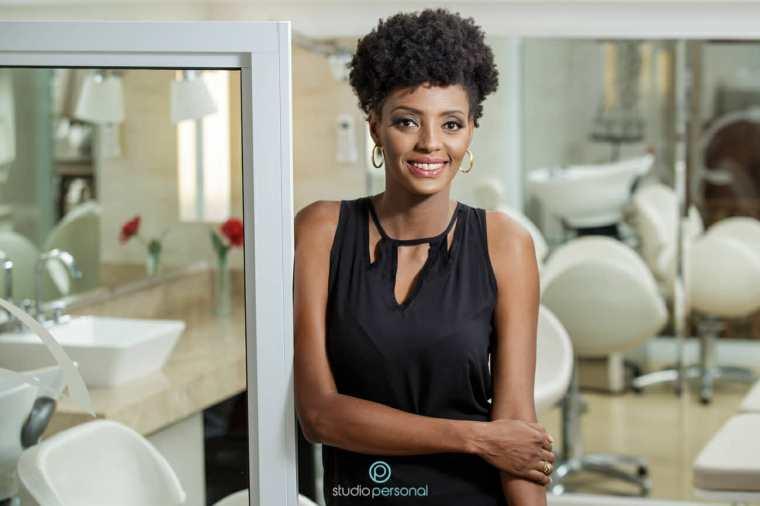 Josi Helena de Souza é entrevistada pelo blog Calcinha Rosa-Choque