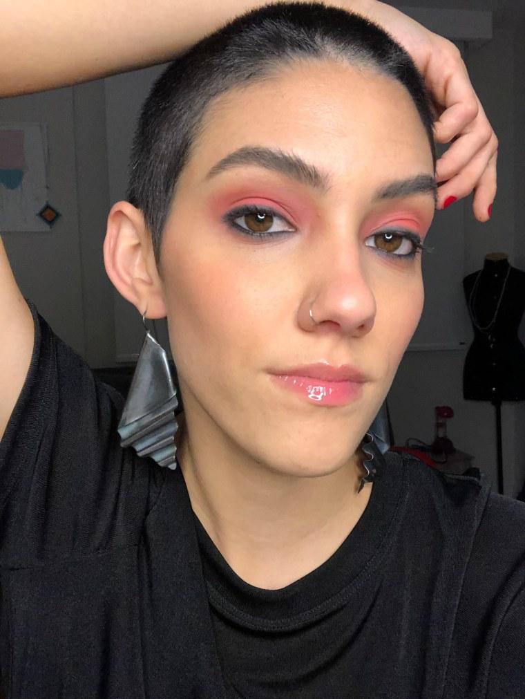 Maquiagem Rock'n'roll Kaká Oliveira vencedora do Prêmio Avon de Maquiagem 2018