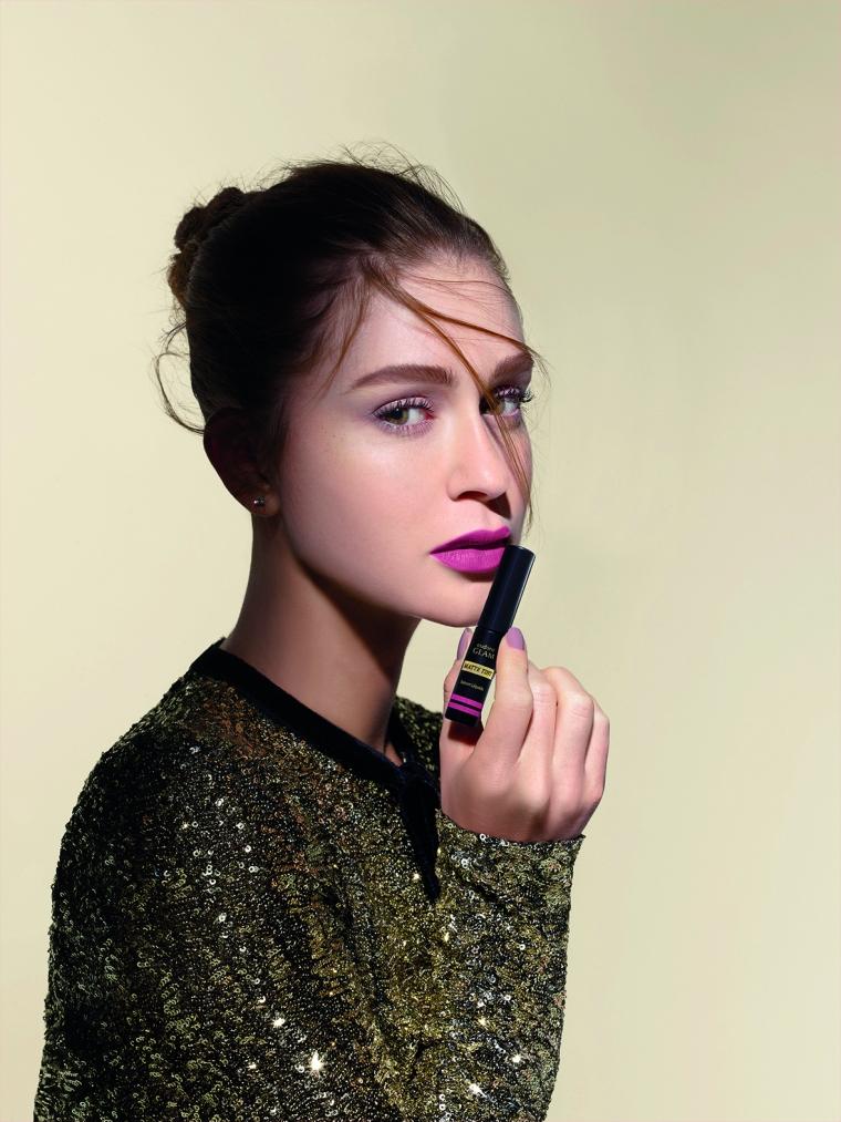 Marina Ruy Barbosa Eudora Glam Matte Tint batom líquido