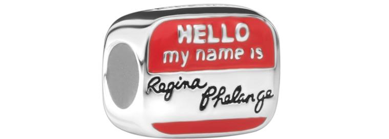 Charm-Hello-my-name-is-Regina-Phalange-Friends-25-anos-Jolie-by-Monte-Carlo