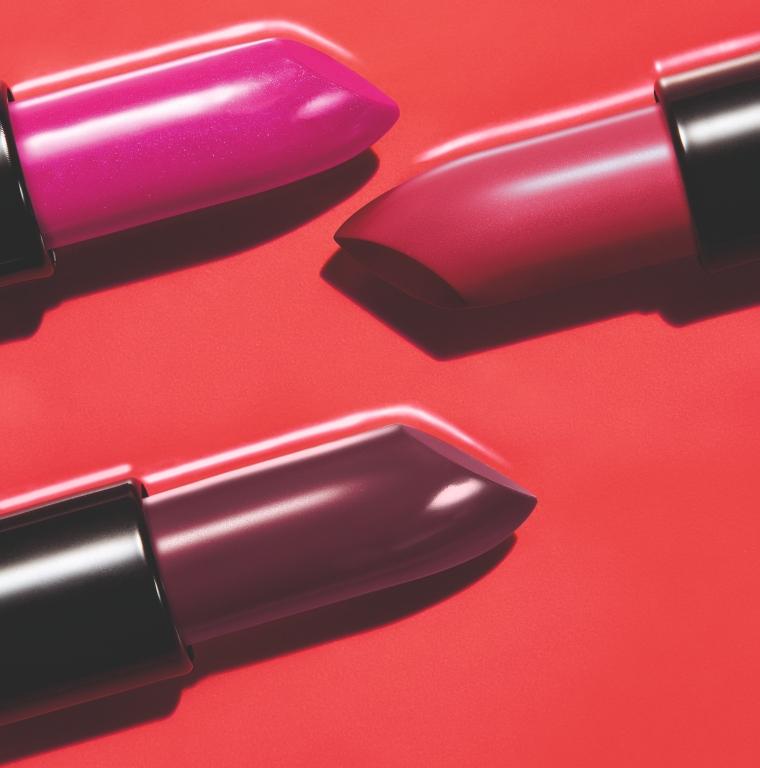 Avon Batom Ultracobertura, as cores Magenta que Arrasa, Malva Extremo e Vinho Perfeito